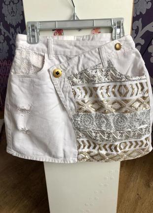 Белая джинсовая юбка мини desigual