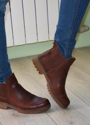 Кожаные ботинки, ботильоны,челси timberland 37.5 (23.5 см) кожа оригинал тимберленд