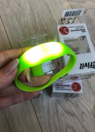 Силиконовые браслеты crivit со светодиодами