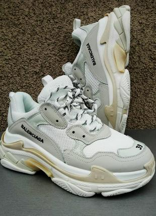 Balenciaga triple s кроссовки женские белые 39, 40