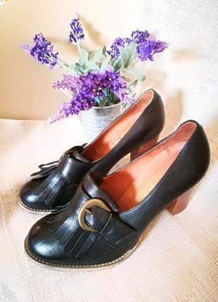 Португальские кожаные туфли office 38-39