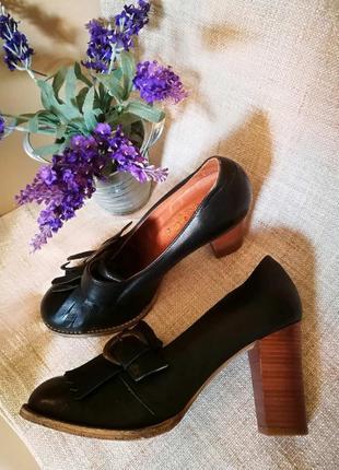 Португальские кожаные туфли office 38-395 фото
