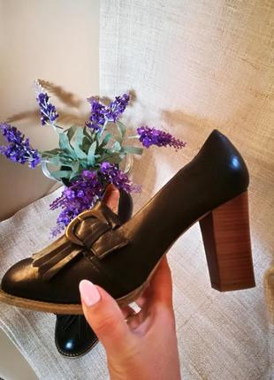 Португальские кожаные туфли office 38-392 фото