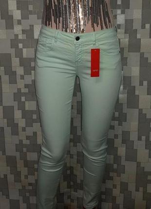 Новые мятные джинсы  esprit  об 108-112 см