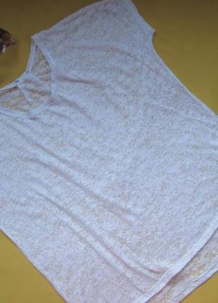 Белая нарядная футболка оверсайз,отличное состояние
