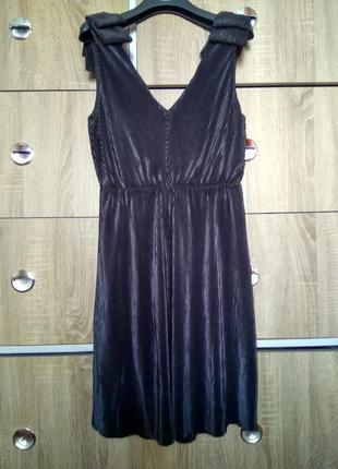 Ніжна сукня-плісе