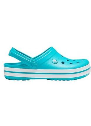 Crocs crocband pool