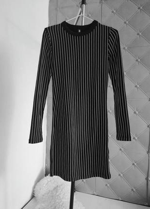 Приталеное платье zara в полоску тренд s