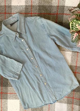 Джинсовая рубашка жилетка со стразами