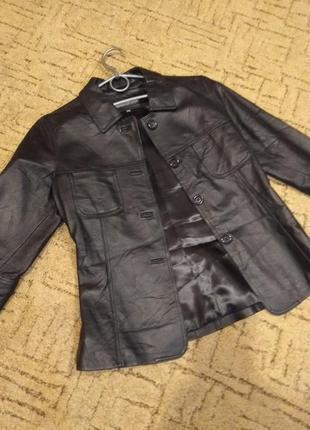 Кожаный пиджак жакет