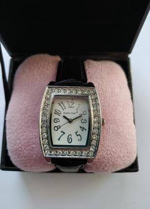 Часы mary kay с кристаллами
