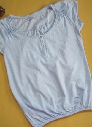 Небесная миленькая хлопковая футболка под резинку,индия,отличное состояние