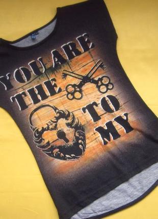 Фирменная футболка на худышку,отличное состояние