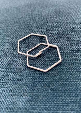 Cережки серебряные женские шестиугольники