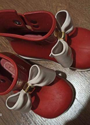 Сапожечки ботиночки резиновие mini melissa оригинал melissa