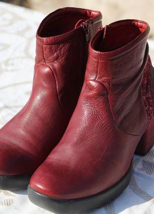 Эксклюзивные кожаные ботинки, ботильны  think! 39 разм