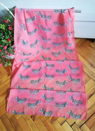 Вискозний шарф с анимал принтом