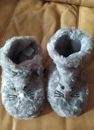 Детские тапки сапожки носки