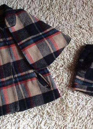 Пальто-кейп с шортиками на девочку 9-10 лет
