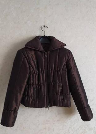 Укороченая курточка шоколадного цвета