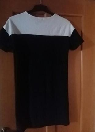 Очень красивое трендовое платье оверсайс. 38 размер