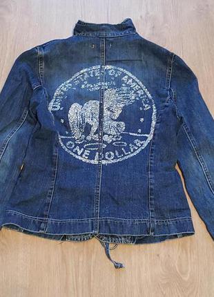 Фирменный,итальянский,джинсовый пиджак-куртка please