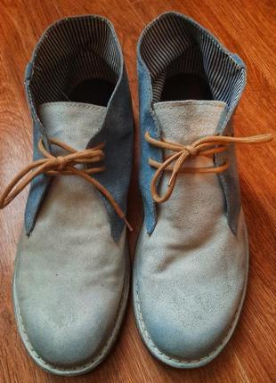 Замшевие ботинки