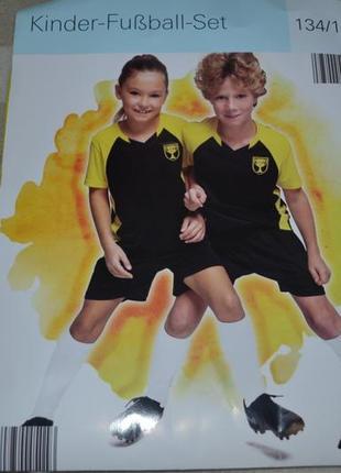 Футбольный комплект футболка+ шорты на завязках crane. размер 134-140
