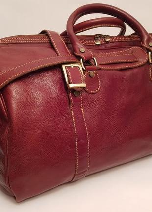 Made in italy! суперроскошная статусная кожаная дорожная сумка красивого коньячного цвета