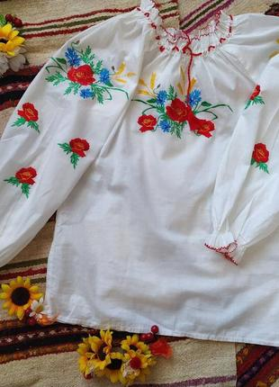 Блуза для девочки с вышивкой, васильковое поле