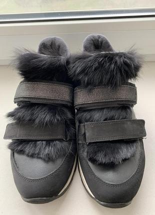 Кроссовки с мехом тёплые