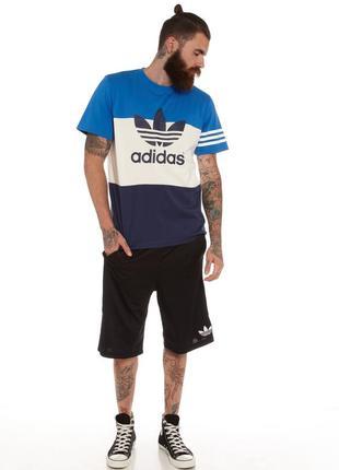 Футболка adidas colour block short sleeve t-shirt in blue