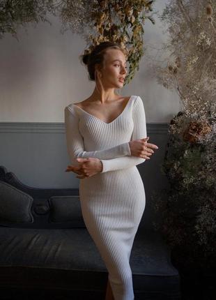 Платье макси облегающее
