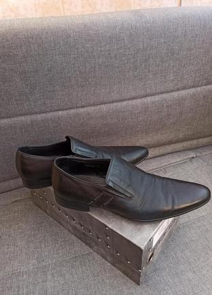 Фирменные кожаные туфли мужские чёрные basconi