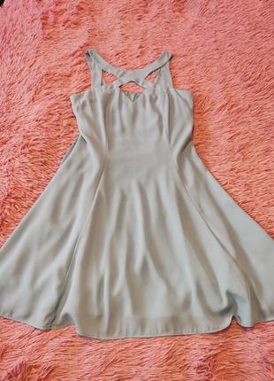 Платье небесной голубого цвета