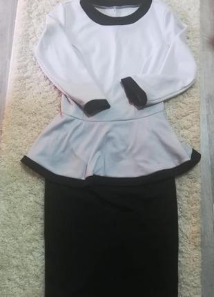 Платье баска