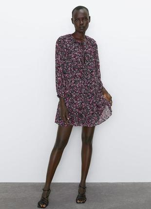 Мини-платье с принтом в цветочек шифоновое zara
