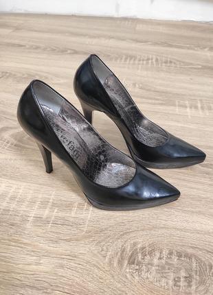 Туфли кожаные лакированные stefani