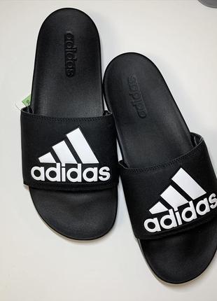 Сланцы , тапочки adidas шлёпанцы