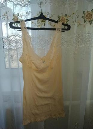 Сексуальная майка персикового цвета