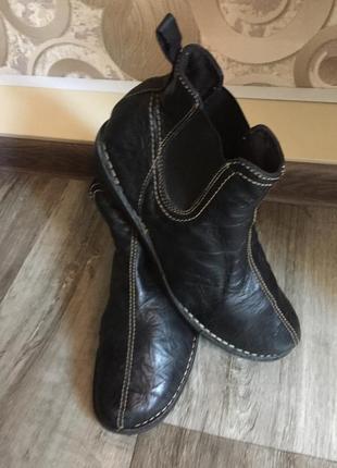 Ботинки женские размер 41-42