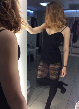 Стильное платье лимитированной коллекции