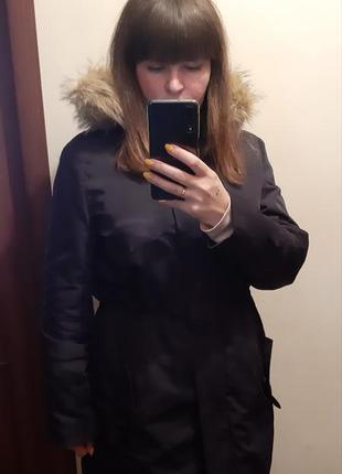 Класна парка куртка на весну с мехом,пальто плащ