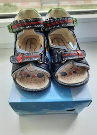 #розвантажуюсь кожаные сандали