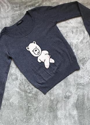 Тонкий, но тёплый свитерок