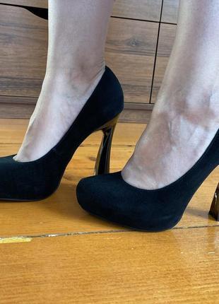 Туфли замшевые, туфлі із замші