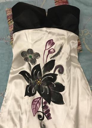 Вечернее платье бюстье