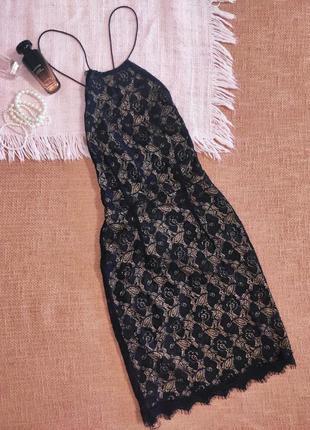Платье вечернее кружевное открытая спина на завязках
