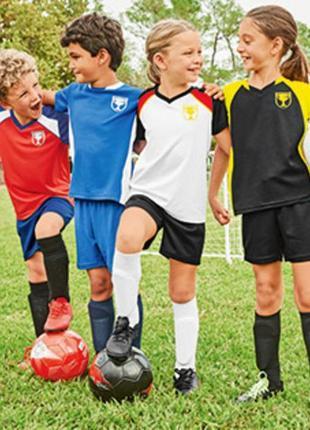 Комплект для тренировок  футболка+ шорты на завязках crane. размер 134-140