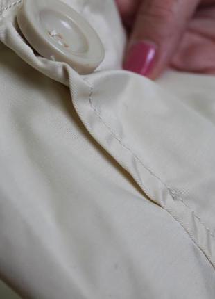 Легкая весенняя курточка с легким напылением3 фото